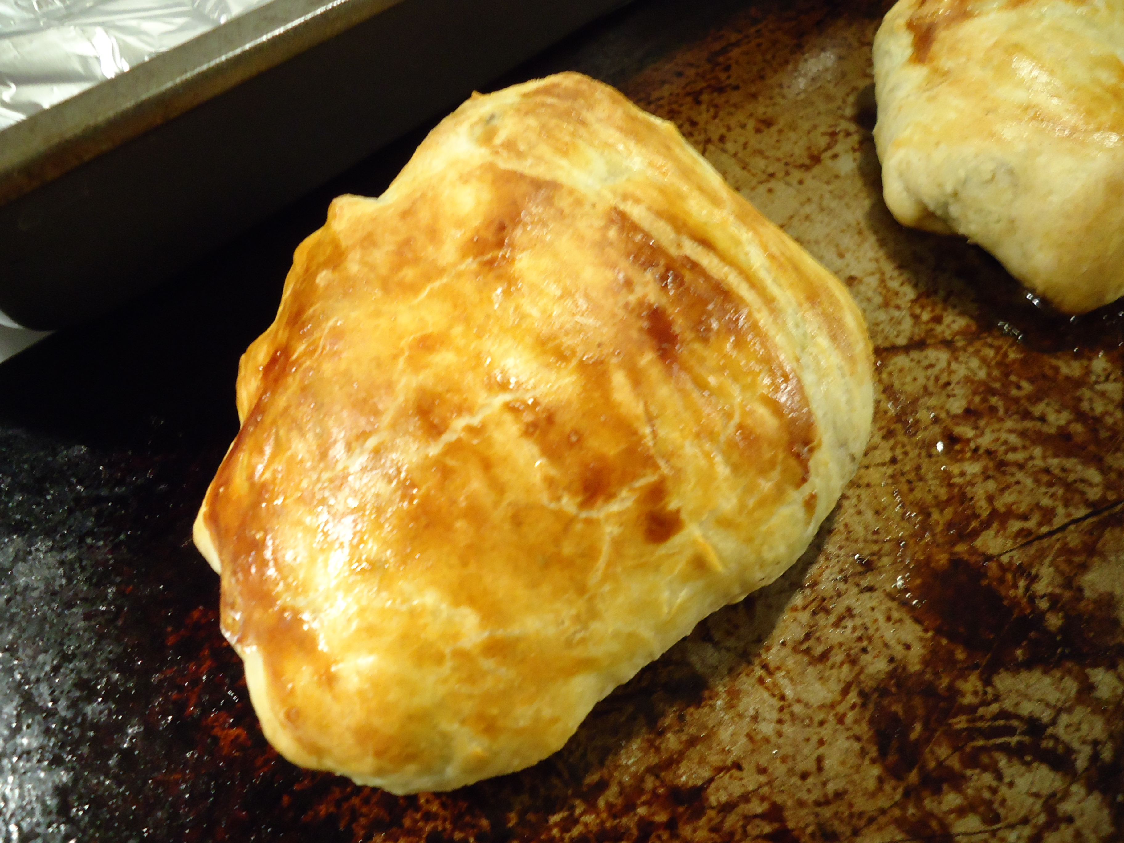 I Pretended To Be Fancy Last Night And Made Salmon En Croute It Was Nearly  Identical To Last Time's Recipe, Only I Added Some Smoked Paprika For  Seasoning